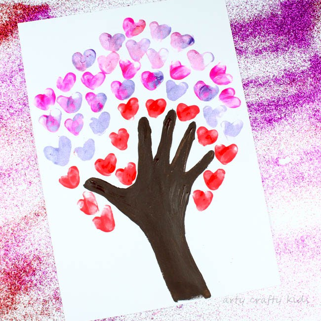 Handprint-Valentine-Tree-1